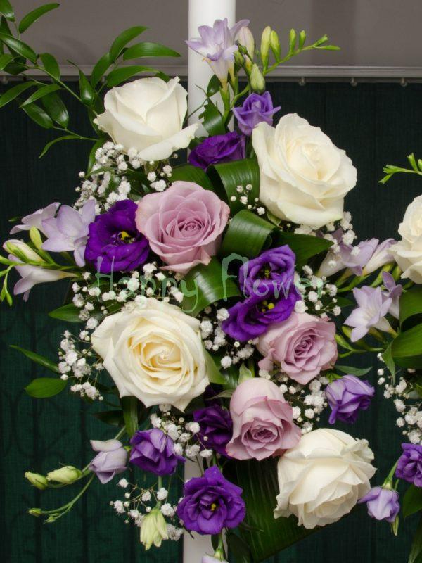 Lumanari cununie trandafiri mov, trandafiri albi, lisianthus