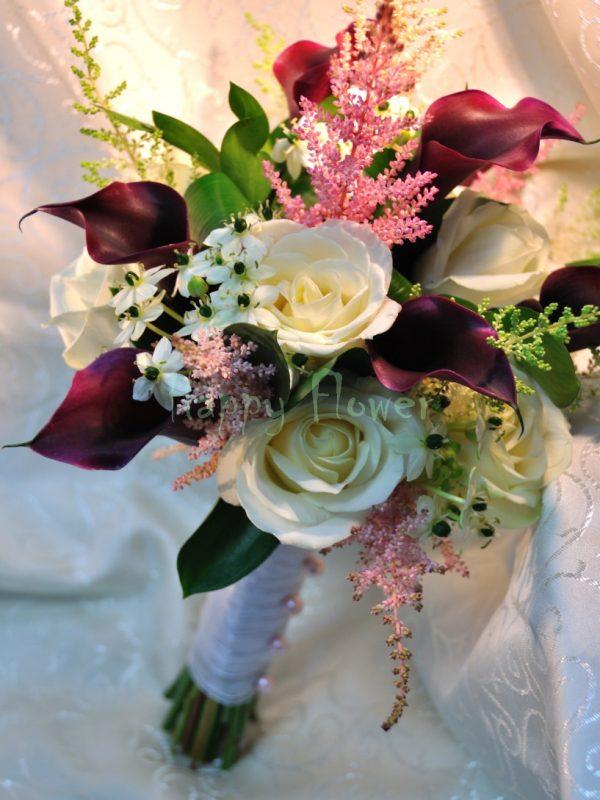 Buchet mireasa din cale grena, trandafiri albi, astilbe roz, orni