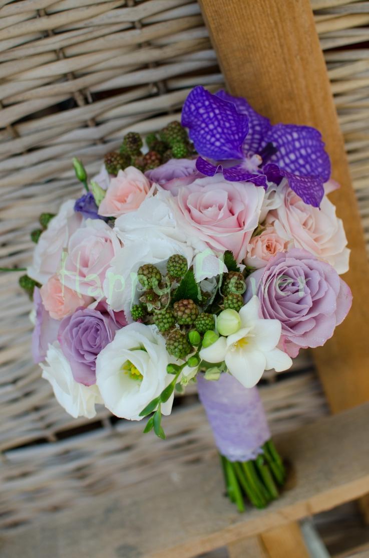 Buchet De Mireasa Nasa Trandafiri Pastel Si Orhidee Vanda Happy