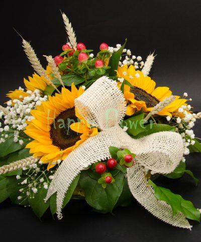 Aranjamente de masa cu floarea soarelui si spice de grau