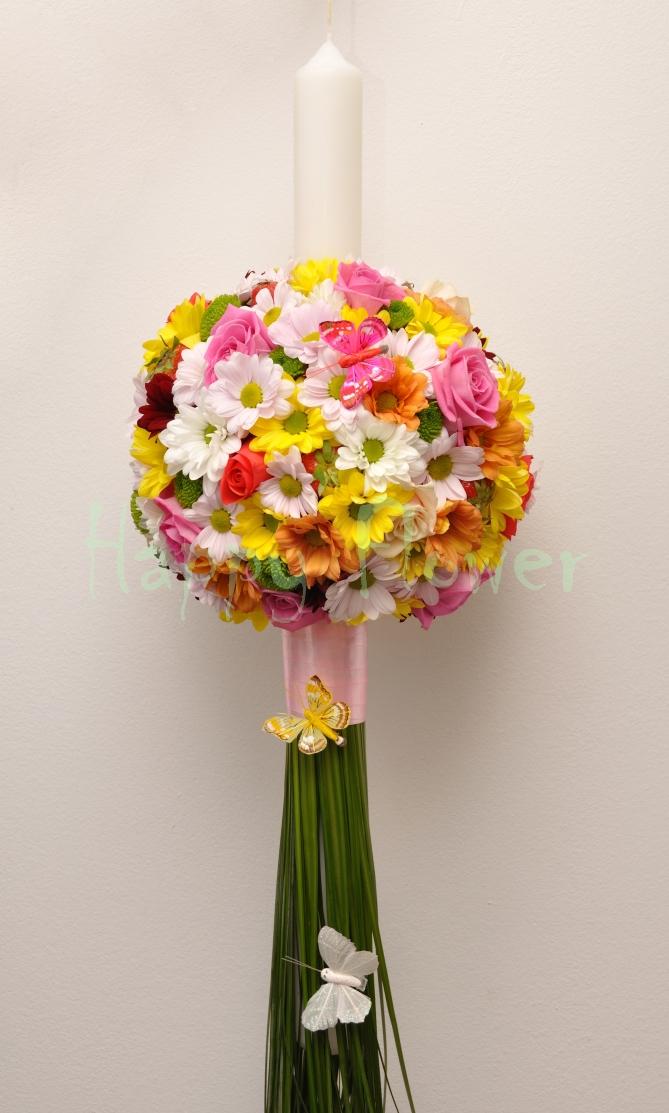 Lumanare Botez Glob Din Crizanteme Colorate Si Trandafiri Roz