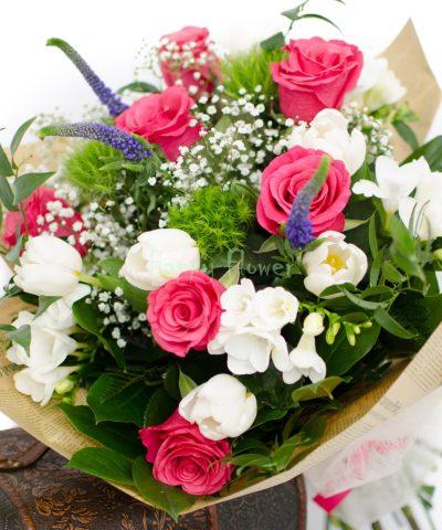 Buchete De Flori Pentru Zile De Naștere Sărbători Aniversări
