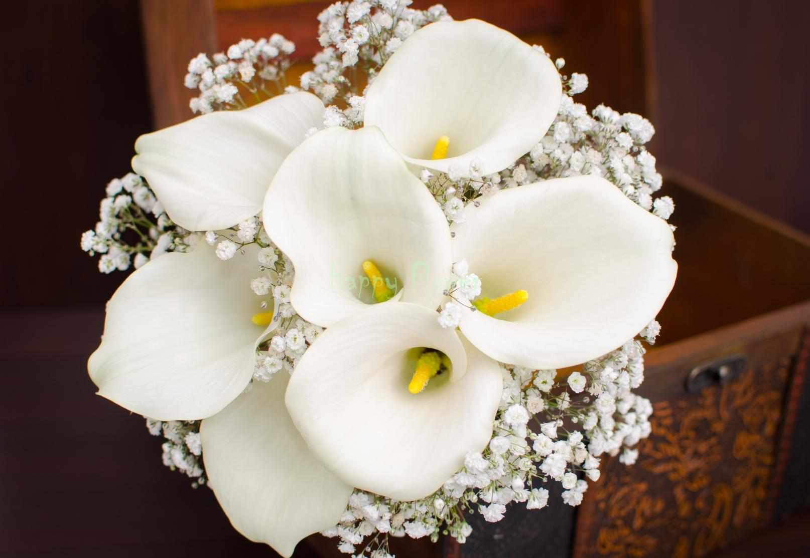 Buchet De Mireasa Cu 7 Cale Albe Si Floarea Miresei Happy Flower