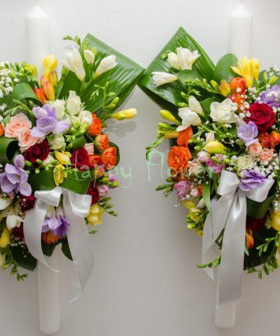 Lumanari de nunta din frezii colorate