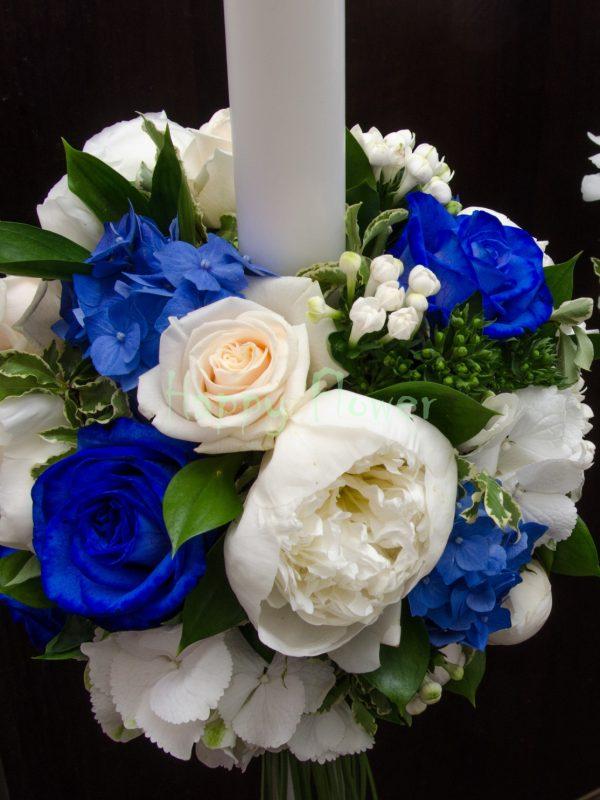 Lumanare ununie trandafiri albastri, hortensie albastra, bujori albi, bouvardia