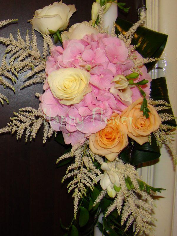 Lumanare nunta trandafiri pastel si hortensii roz pal