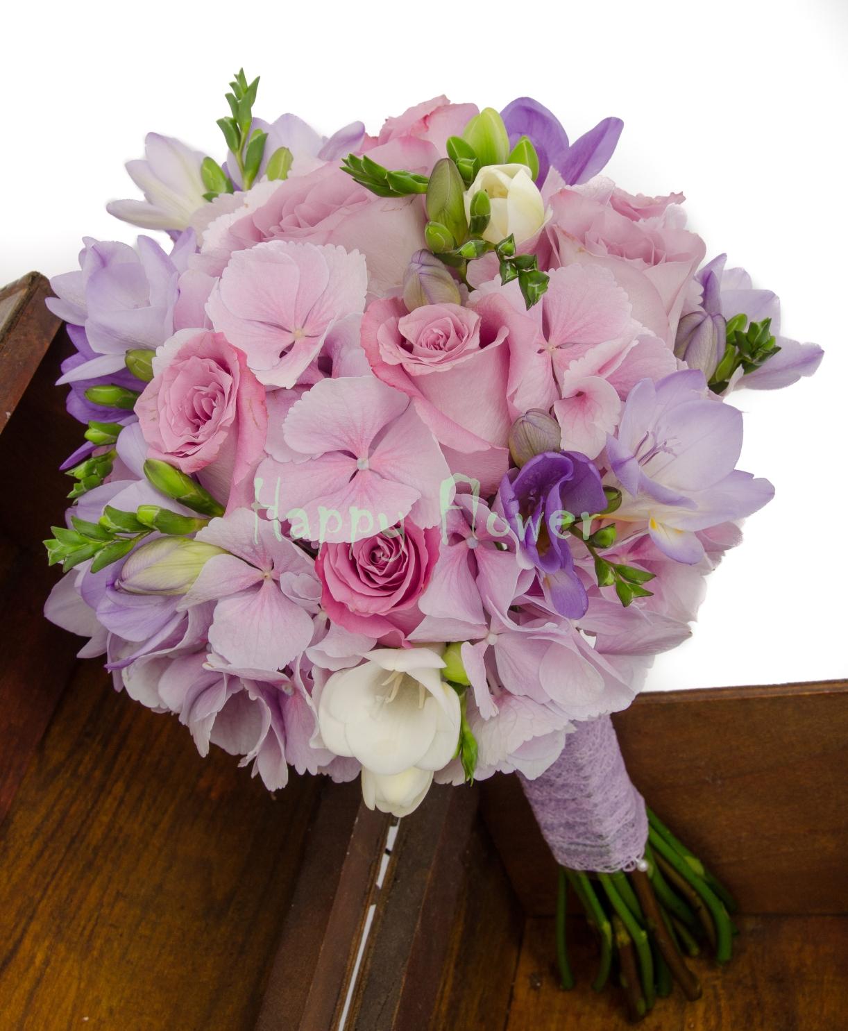 Buchet Mireasa Hortensii Roz Trandafiri Frezii Happy Flower