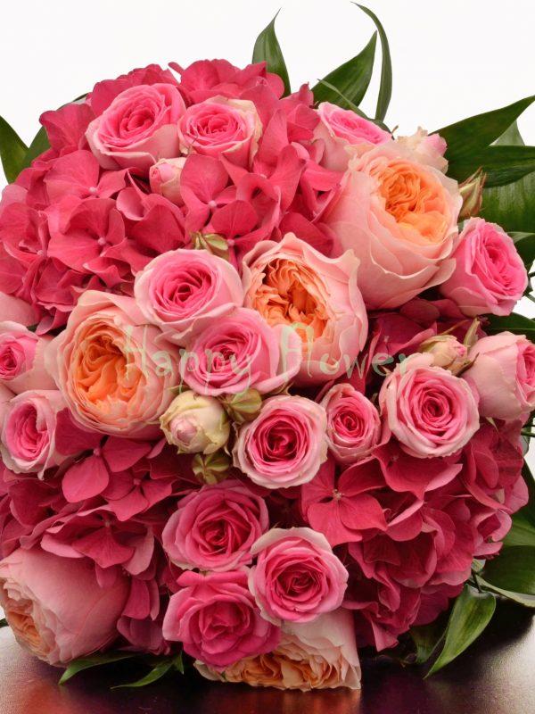 Buchet mireasa hortensii si trandafiri Vuvuzela, miniroze