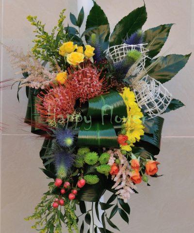 Lumanari de nunta cu flori de camp si spice de grau, vesele si colorate