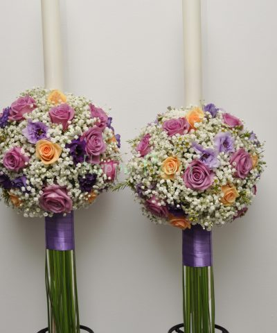 Lumanari nunta pe sfera, floarea miresei si trandafiri