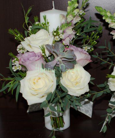 Lumanare cununie 30 cm cu plante suculente, trandafiri albi si mov, eucalipt