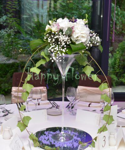 Aranjament-nunta-hortensii-trandafiri-lisiantus