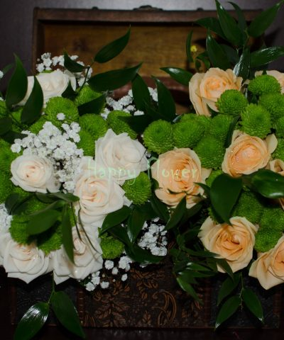 Buchet-mireasa-trandafiri-crem-santini-verde-floarea-miresei