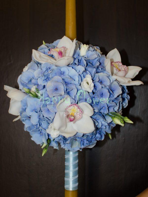 Lumanare-botez-hortensii-albastre-si-orhidee-albe