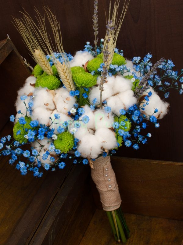 Buchet-mireasa-bumbac-santini-verde-floarea-miresei-albastra-spice-de-grau