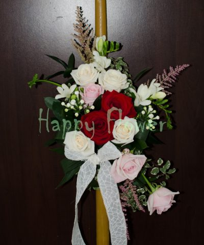 Lumanare-ceara-naturala-trandafiri-frezii-bouvardia-astilbe-roz