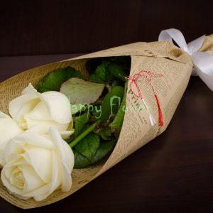 Buchetel-3-trandafiri-albi