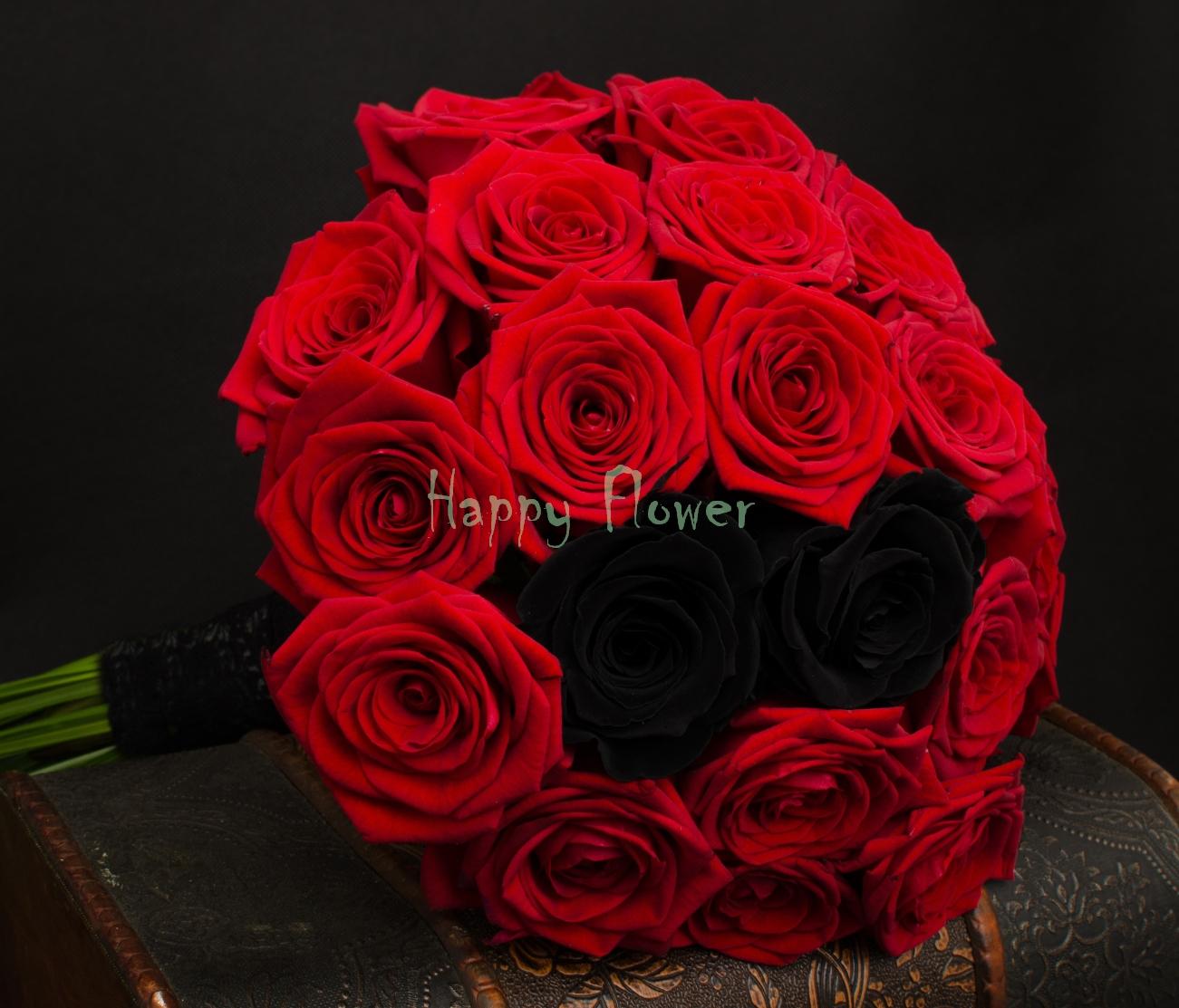 Buchet De Mireasă șisau Nașă Din Trandafiri Roșii și Negri