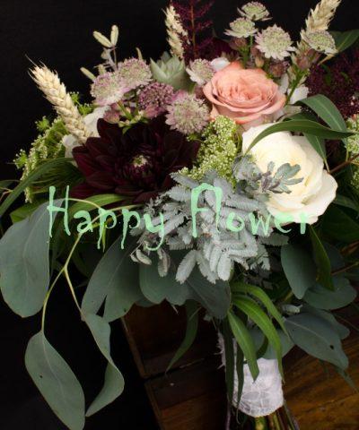 Buchet-mireasa-trandafiri-capuccino-dalii-trandafiri-albi-eucalipt-ammi-suculente-spice-grau