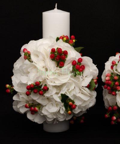 Lumanare-cununie-40-cm-hortensii-albe-hypericum-rosu