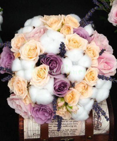 Buchet-mireasa-bumbac-trandafiri-levantica